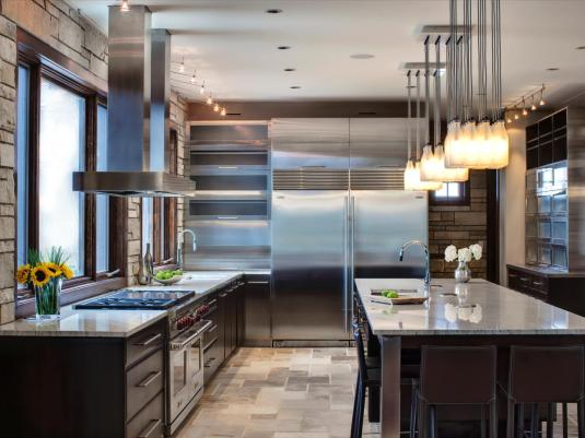 DP_Tina-Muller-stainless-steel-kitchen-appliances_s4x3.jpg.rend.hgtvcom.1280.960